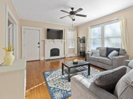 Lovely Renovated Home, Minutes from Downtown & USC, vacation rental in Columbia