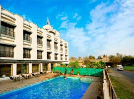 Hotel Aristro Lonavala, hotel in Lonavala