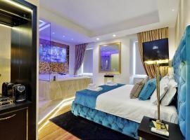 Trevi Diamond Luxury Suites & Jacuzzi, bed & breakfast a Roma