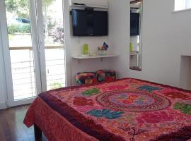 Itaipava, Cama e Cafe, Suite na Nossa Casa, budget hotel in Itaipava