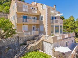 Apartments More Luxury, apartment in Sobra