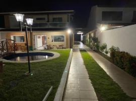 Casa de praia a beira mar, linda e confortável, holiday home in Marechal Deodoro