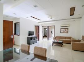 Olive Service Apartments - Greater Kailash, apartment in New Delhi