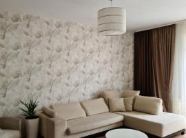 3-х комнатная квартира, hotel in Gelendzhik