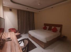 Brent Wood Delhi Airport, budget hotel in New Delhi