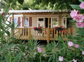 mobil home bien situé à Varas plage, campsite in Valras-Plage