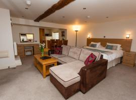 Porthole Suites, hotel near Greve de Lecq, Saint Aubin
