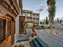 The Sera Courtyard, hotel in Leh