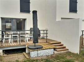 MErl LD48, pet-friendly hotel in Valras-Plage