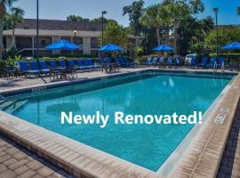 Polynesian Isles Resort By Diamond Resorts - Newly Renovated, hotel near Falcon's Fire Golf Course, Kissimmee