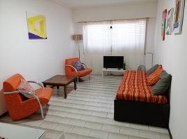 Por fin un lugar familiar, hotel cerca de Playa La Perla, Mar del Plata