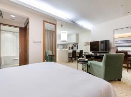 Amazing Stay & BurjView at The Address Dubai Mall, apartment in Dubai