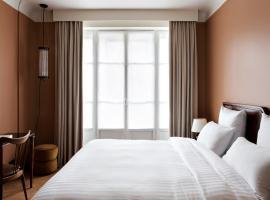 Hotel Rochechouart, hotel near Pigalle Metro Station, Paris