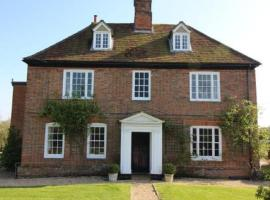 Little Park Farm, apartment in Stratfield Mortimer
