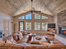 Quiet Cabin with Deck Less Than 5 Mi to Fairplay Beach, hotel with parking in Fairplay