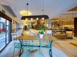 オスタル マリ、サンアントニオのホテル