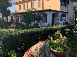 Villa Anna, hotel in zona Aeroporto di Brindisi-Casale - BDS,
