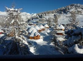 Dalai Lama Village, hotel in Antey-Saint-André