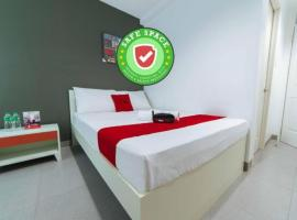 RedDoorz Plus @ Roxas Street Davao, hotel in Davao City