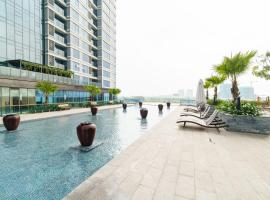 Hoasun Skyview Sunwah Pearl, apartment in Ho Chi Minh City