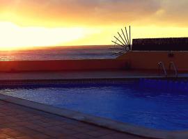 Appartement Lona, El Cieno mit Pool direkt am Meer, apartamento en Valle Gran Rey