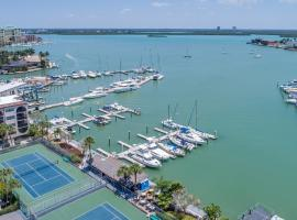 Anglers Cove A502, holiday home in Marco Island
