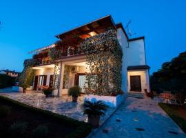 Apartments Anamarija, hotel in Rovinj