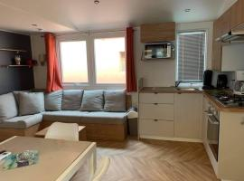 VAM Mobil Home Mar Estang, hotel with jacuzzis in Canet-en-Roussillon