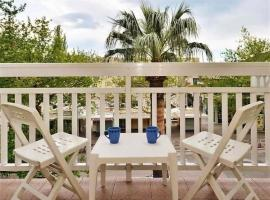Apartments Toma - 200 m from beach, apartment in Omiš