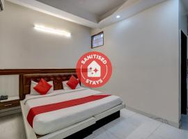 OYO 78981 The Diamond Nest, hotel in Noida