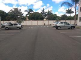 Apto Onix Natury, hotel with pools in Campos dos Goytacazes