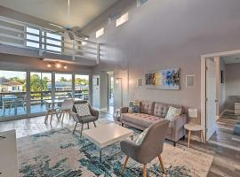 Modern Marco Island Retreat with Private Pool!, holiday home in Marco Island