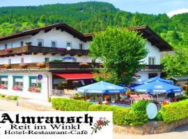 Hotel Almrausch, Hotel in Reit im Winkl