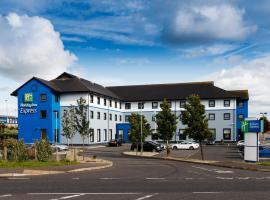 Holiday Inn Express Antrim, an IHG Hotel, hotel in zona Aeroporto Internazionale di Belfast - BFS, Antrim