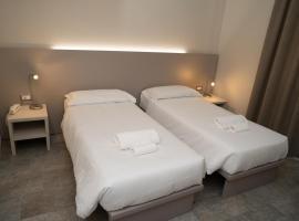 Hotel Europa, hotell i Dossobuono