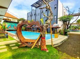 Giri Palma Hotel by ecommerceloka, hotel with pools in Malang