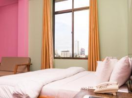 The Grand Villa Hotel、ダル・エス・サラームのホテル