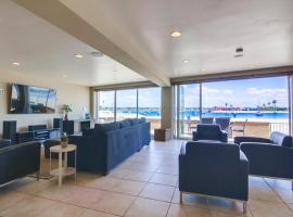 55' Water Front, Exclusive Ground Level Patio, AC, villa in San Diego