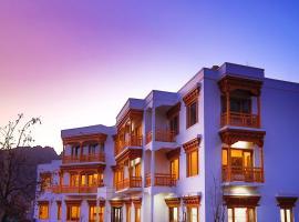 Hotel Trikaya Ladakh, hotel in Leh