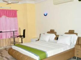 HOTEL 2 L P, hotel in Cotonou