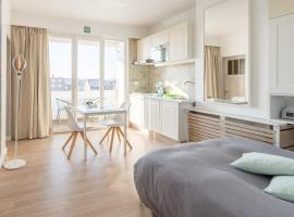 Studio Le Lavandou, apartment in De Panne