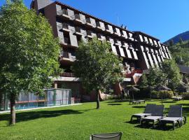 Evenia Monte Alba, hotel in Cerler