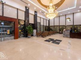 Red River View Hotel, hotel in Lao Cai