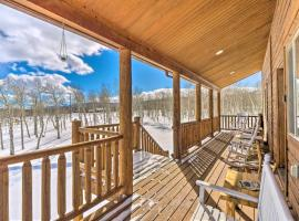 Inviting Lodge in Fairplay with Private Deck!, hotel with parking in Fairplay