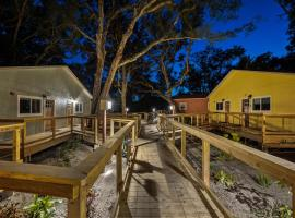Sea Cottages of Amelia, guest house in Fernandina Beach