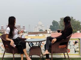 Joey's Hostel Agra, hotel in Agra