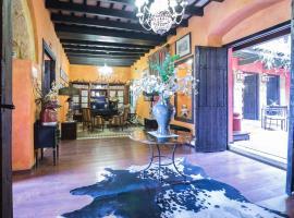 La Casona de Calderón Hotel Museo, hotel en Osuna