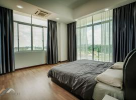 Evernent Homestay at Bay Resort, apartment in Miri