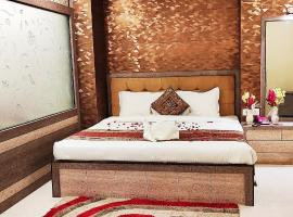 Hotel Aadesh Palace, hotel in Varanasi