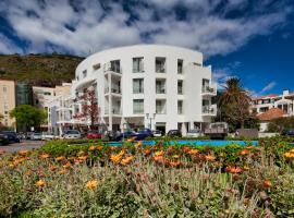 White Waters Hotel, hotel near Cristiano Ronaldo Madeira International Airport - FNC,